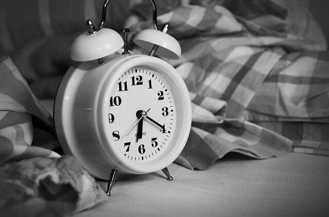 筋トレした次の日が眠すぎる方に【原因と3つの対策をご紹介】