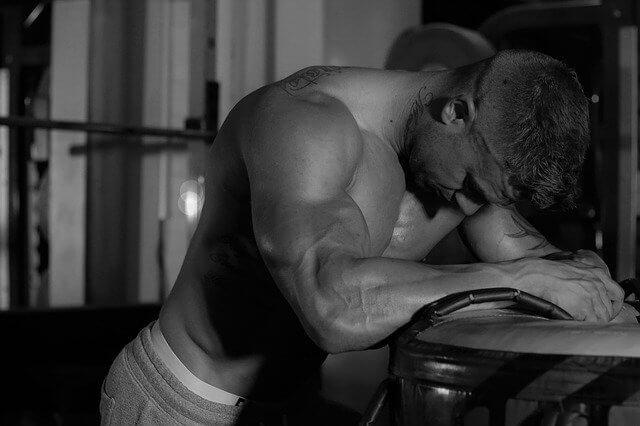 筋トレと筋肉痛の疑問【ならないと効果ない?やってもいい?】を解決