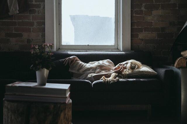 筋トレの翌日が眠いと悩んでいる人に眠気の理由と4つの対処法
